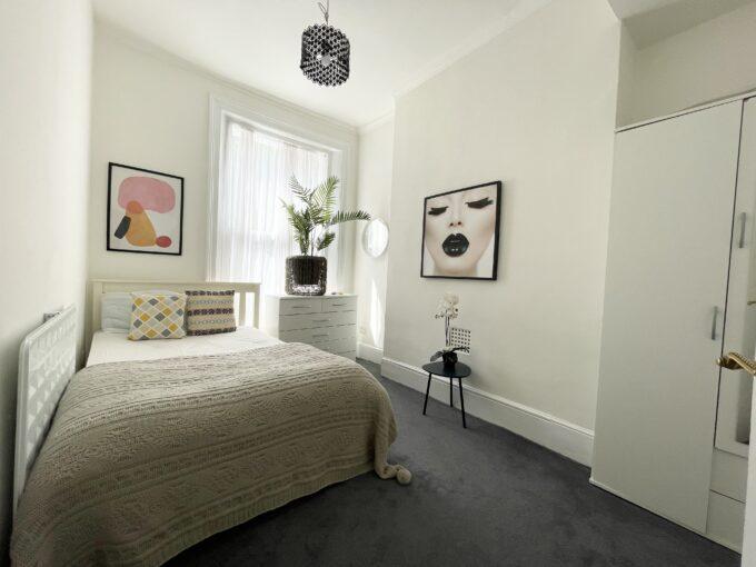 2 bedroom flat in Angel